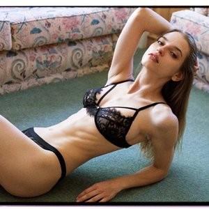 Karola Warzecha Topless – Celeb Nudes