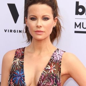 Kate Beckinsale Is Still Hot – Celeb Nudes