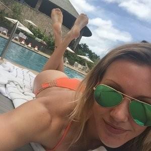 Katie Cassidy HACKED – Celeb Nudes