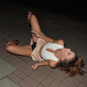 Kayleigh Morris Panties Pics – Celeb Nudes