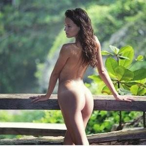 Bianca Collins  nackt