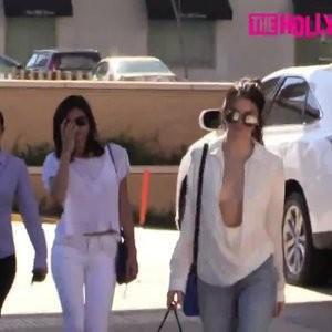 Kendall Jenner nipslip photos – Celeb Nudes