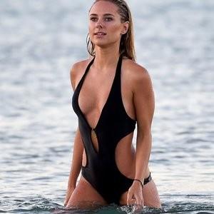 Kimberley Garner's sexy photos – Celeb Nudes