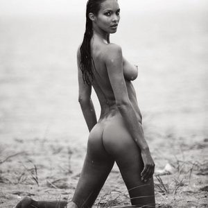 Lais Ribeiro Topless Photos – Celeb Nudes