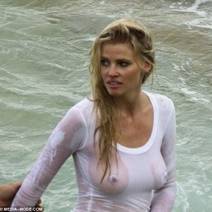 Lara Stone See-Through pics – Celeb Nudes