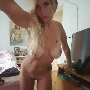 Leaked Photos of Sharon Perry – Celeb Nudes