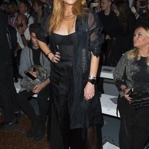 Lindsay Lohan NipSlip Photos – Celeb Nudes