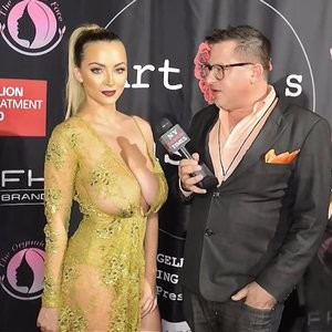 Lindsey Pelas Best Celebrity Nude sexy 002