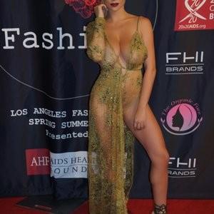 Lindsey Pelas Nude Celeb Pic sexy 004