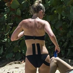 Lisa Carrick Free nude Celebrity sexy 003