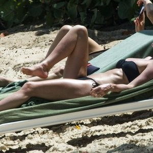 Lisa Carrick Naked Celebrity sexy 021