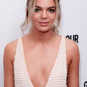 Louisa Johnson Is Amazing In A Backless Dress – Celeb Nudes