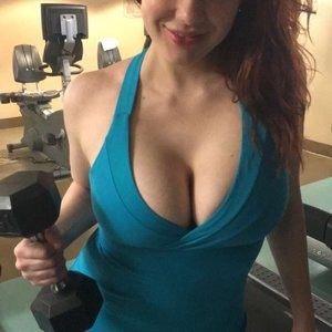 Maitland Ward Cleavage Photos – Celeb Nudes