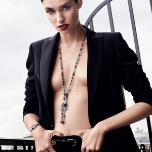 Manon Leloup topless pics – Celeb Nudes