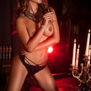 Micaela-Schafer Celeb Nude sexy 002