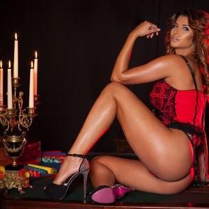 Micaela-Schafer Nude Celeb Pic sexy 009