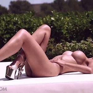 Micaela Schafer nude photoshoot (BTS) – Celeb Nudes