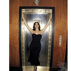 Monica Bellucci Naked celebrity picture sexy 007