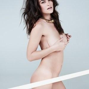 Myla Dalbesio Topless Photos – Celeb Nudes