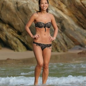 Myleene Klass Having Fun In The Water – Celeb Nudes