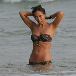 Myleene Klass Naked celebrity picture sexy 004