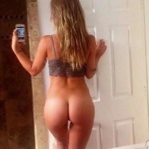 Naked pics of Charlotte Mckinney – Celeb Nudes