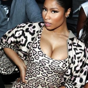 Nicki Minaj Cleavage Photos – Celeb Nudes