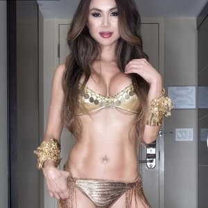 Nina Carla Sexy – Celeb Nudes