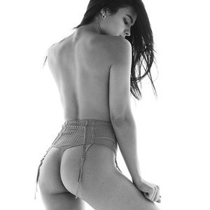 Nina Daniele Topless – Celeb Nudes