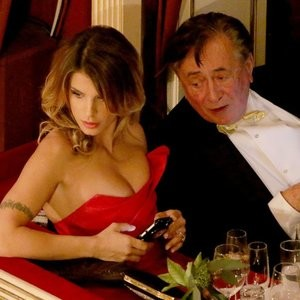 Nipslip pics of Elisabetta Canalis – Celeb Nudes