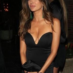 Noureen DeWulf Sexy – Celeb Nudes