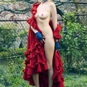 Nude Photos of Lara Stone – Celeb Nudes