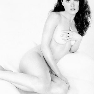 Nude Photos of Robin Tunney – Celeb Nudes