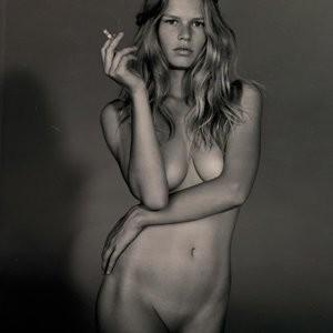 Nude Photoset of Anna Ewers – Celeb Nudes