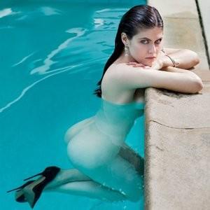 Nude pic of Alexandra Daddario - Celeb Nudes