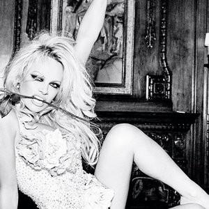 Pamela Anderson Celeb Nude sexy 005