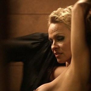 Nude Screenshots of Pamela Anderson - Celeb Nudes