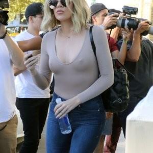 Pokies Pics of Khloé Kardashian – Celeb Nudes