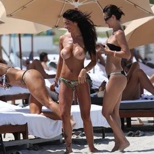 Priscilla Salerno topless paparazzi pics – Celeb Nudes