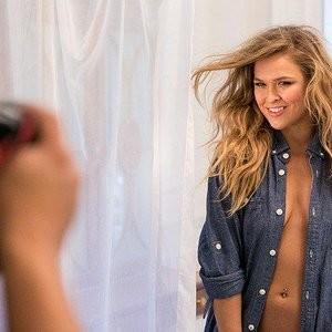 Ronda Rousey Topless pics – Celeb Nudes