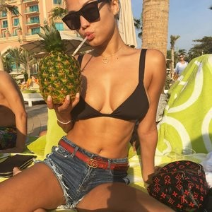 Rose Bertram Sexy Photos – Celeb Nudes
