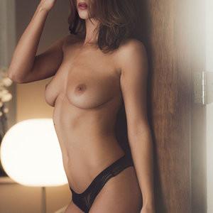 Rosie Jones Topless Photoshoot – Celeb Nudes