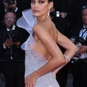 Sara Sampaio Is Beautiful In A Backless Dress – Celeb Nudes
