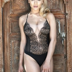 See-through pics of Lacey Banghard – Celeb Nudes