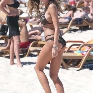 Sexy bikini pics of Monika Pietrasinska – Celeb Nudes