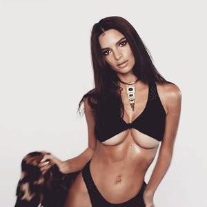 Sexy Photos of Emily Ratajkowski – Celeb Nudes
