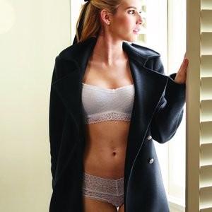 Sexy Photos of Emma Roberts – Celeb Nudes