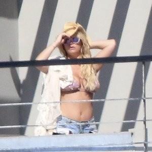Sexy Photos of Jessica Simpson - Celeb Nudes