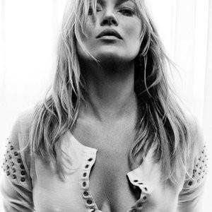 Sexy Photos of Kate Moss – Celeb Nudes