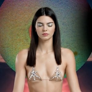 Sexy Photos of Kendall Jenner – Celeb Nudes